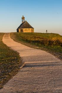 #MontsdArrée #sunrise #Brasparts #chapelle